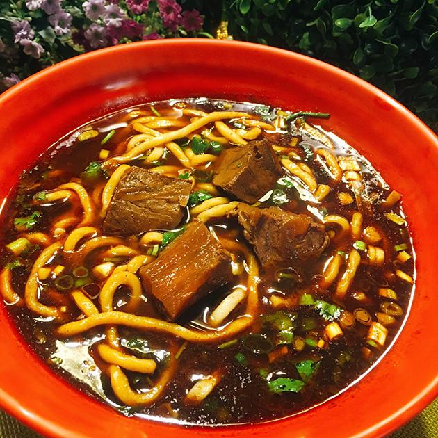 紅燒牛肉麵 2